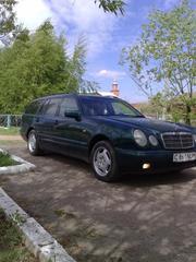 Mersedes-Benz E 230,  1997 г.в.,  V-2.3 в отличном состоянии